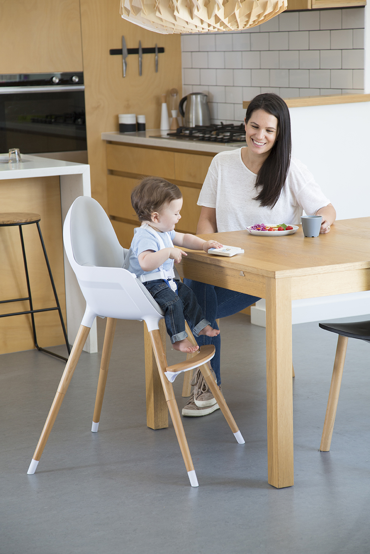 chaise haute volutive ikid en bois neoshop by migo. Black Bedroom Furniture Sets. Home Design Ideas